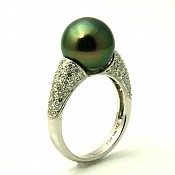 Faith <br/> 18K Tahitian Black Pearl Ring