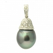 Andrea Diamond <br/> 18K Tahitian Black Pearl Pendant Enhancer