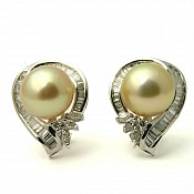 1620 - 18K Pearl Stud Earrings