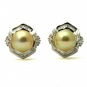 18K Golden Pearl Stud Earrings - 1624