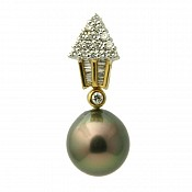 1676 - Diamond <br/> 18K Tahitian Black Pearl Pendant Enhancer